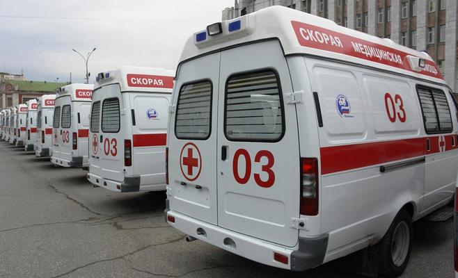 ВКазани автобус врезался вкарету скорой помощи, два мед. сотрудника получили травмы