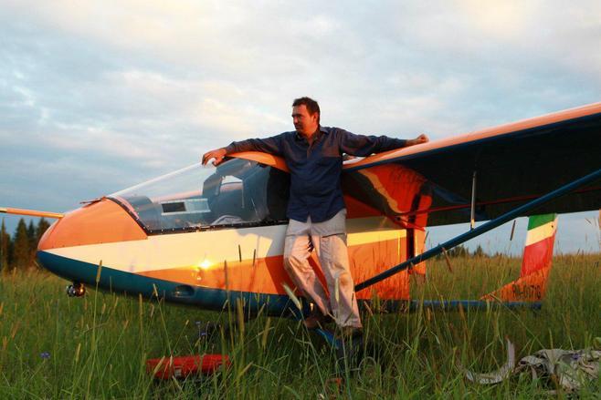 Под Чебоксарами упал мотопараплан, пилот умер