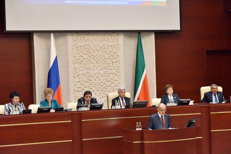 Татарский язык будет преподаваться два часа внеделю— ПрезидентРТ