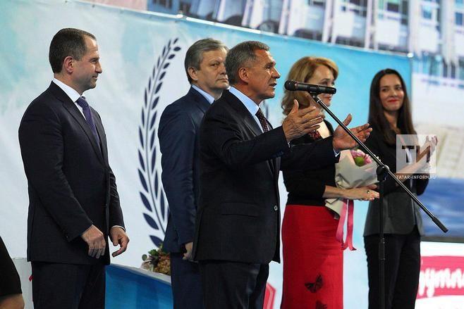 Бабич: татарский останется обязательным вшколах республики