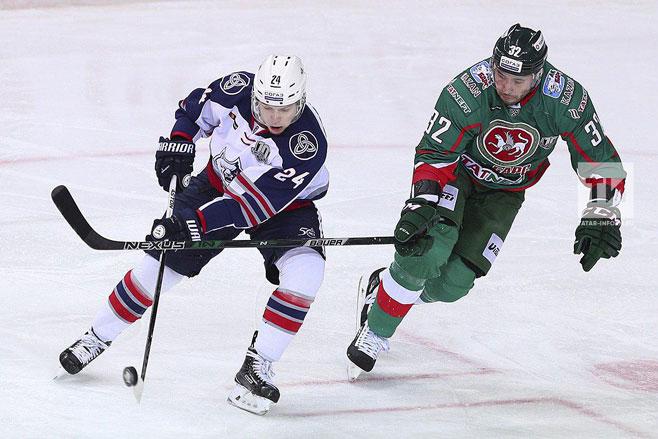 «Нефтехимик» обыграл «АкБарс» вКазани вматче постоянного чемпионата КХЛ