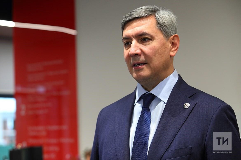 Вице-премьер Татарстана Роман Шайхутдинов.