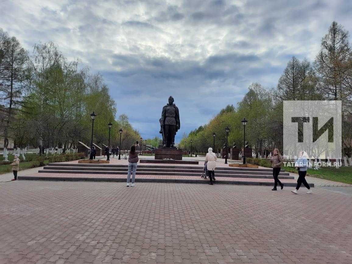 Новый памятник Воину-освободителю в Заинске