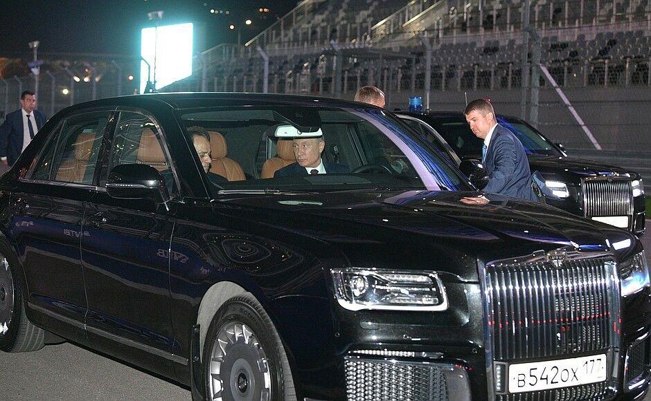 «Aurus займет свое место на рынке»: российский лимузин доставят первым клиентам уже этой весной