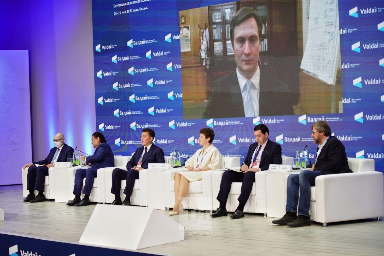 Замминистра здравоохранения РФ: Пандемия сделала работу государства эффективнее