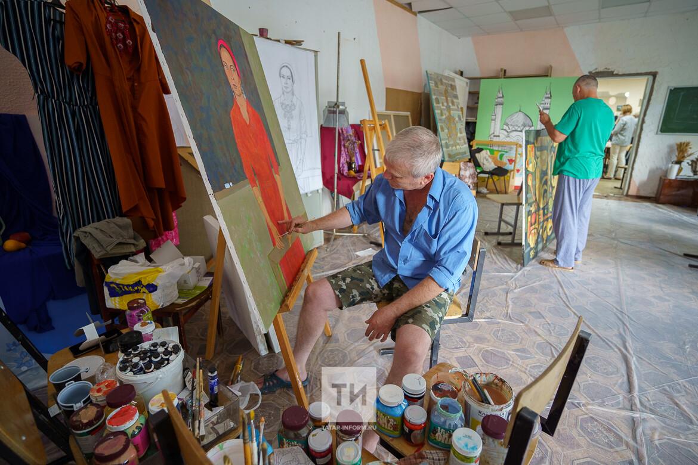 66 картин с арт-симпозиума в Елабуге переданы в Музейный фонд России
