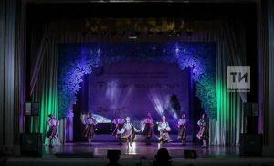 Петербургский ансамбль «Невские Зори» завоевал Гран-при фестиваля «Рождественская сказка» в Казани