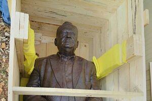 В Самаре откроют первый в России памятник Эльдару Рязанову