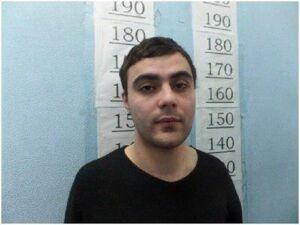 В Казани полицейские задержали вымогателей денег у владельца букмекерской конторы