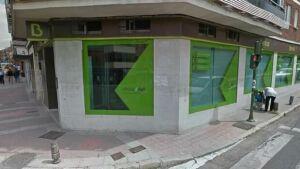 В Мадриде вооруженный мужчина захватил в банке заложников