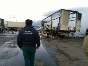 Появились подробности о сгоревшей фуре в Высокогорском районе