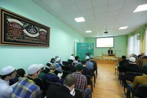 Путевки в хадж по итогам Республиканского конкурса чтецов Корана удостоен казанец
