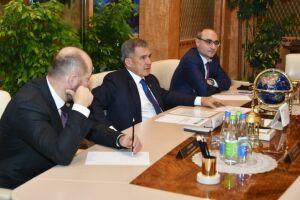 Рустаму Минниханову представили нового управляющего Нацбанка РТ Марата Шарифуллина