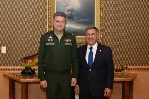 Президент РТ обсудил актуальные вопросы сотрудничества с замминистра обороны РФ