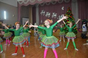 Главная елка Агрыза собрала 250 одаренных школьников