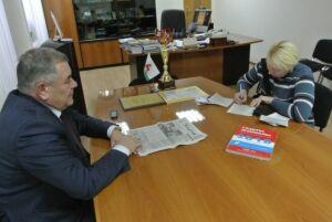 Глава Алексеевского района поддержал акцию «Подпиши родителей, подпиши близких»