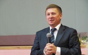 День рождения отмечает директор Казанского техникума связи Юрий Багров