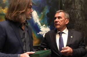 Рустам Минниханов встретился с Никасом Сафроновым в Манаме