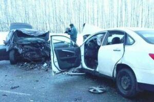 Видео: В Саратовской области в аварии погибли шесть человек