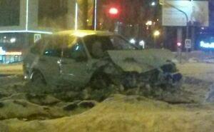 Две машины столкнулись на проспекте в Набережных Челнах