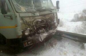 Появились фото аварии с двумя большегрузами около Челнов