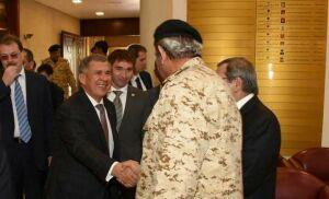 Главнокомандующему силами обороны Бахрейна рассказали о современной российской военной технике