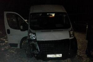 В Альметьевском районе автобус с пассажирами съехал в кювет