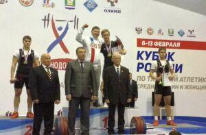 Петербуржец Александр Урвачев выиграл первенство страны по тяжелой атлетике среди юношей в РТ