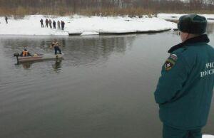Спасатели назвали причину гибели подводного охотника на реке Зай
