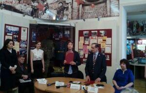 Совет ветеранов передал Нацмузею РТ архив из двух тысяч фото времен Великой Отечественной войны