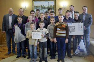Детям из Раифского приюта вручили подарки государственные судьи