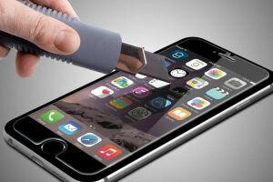 Ученые разработали самовосстанавливающееся стекло для смартфонов