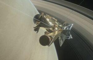 Cassini первым из имеющихся аппаратов прошел между Сатурном и его кольцами