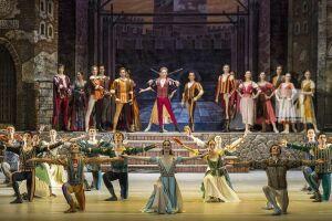 ХХХ фестиваль Рудольфа Нуриева в Казани открыла классическая постановка с элементами брейк-данса
