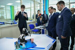 Дмитрий Медведев встретился с молодыми учеными Казанского университета