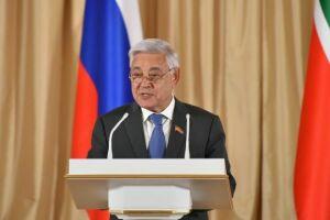 Фарид Мухаметшин в Санкт-Петербурге зачитал доклад об экологически небезопасных производствах РТ