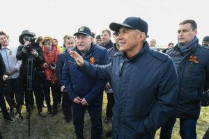 Президент РТ ознакомился с ходом полевых работ в Лениногорском и Черемшанском районах