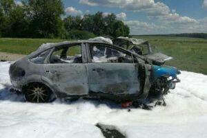 Фото: Три человека погибли при столкновении двух авто в Чувашии