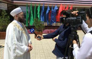 В Дагестане муфтий РТ принял участие в торжественном заседании в честь 15-летия хадж-миссии в РФ