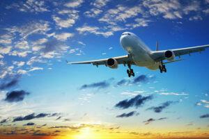 Следком на транспорте: Самолет в небе над Татарстаном осветили лазером, но пилота не ослепили
