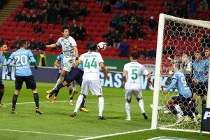 «Рубин» на 93-й минуте забил решающий гол в ворота «Крыльев Советов»