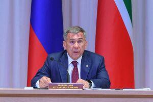 Минниханов: Уровень безопасности школ в России недостаточно высок