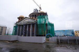 Собор Казанской иконы Божией Матери в столице РТ украсят кованые напольные плиты под старину