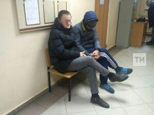 Сотрудников «Почты России», которых задержали за кражи посылок, доставили в суд