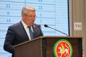 Рафис Бурганов: В Татарстане приступили к разработке УМК нового поколения по родным языкам