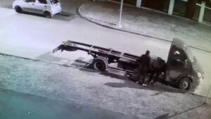 В Казани задержали серийных похитителей автомобильных аккумуляторов
