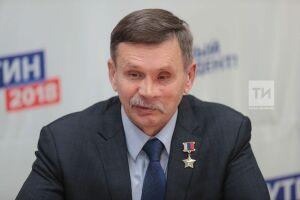 Герой РФ Вячеслав Бочаров в штабе Путина назвал волонтерам две главные задачи Президента страны