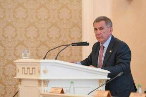 Минниханов призвал Метшина разобраться с жалобами горожан на работу медучреждений