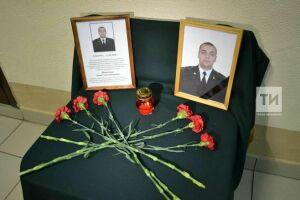 В Казани почтили память погибшего от руки стрелка во время спецоперации сотрудника Росгвардии