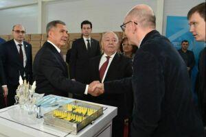 Минниханов открыл комплекс стерилизации медизделий стоимостью 150 млн рублей